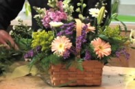How to create assembly line arrangements for Mother's Day with Arrangement Solution Kits!