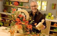 How to Make an Silk Flower Arrangement in a Straw Bale!