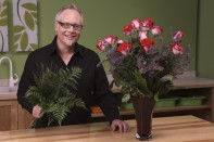 How to Make a Dozen Roses in a Minute and Half!