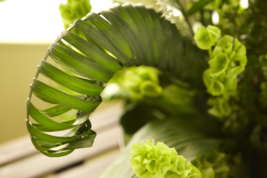 how to make palm leaf flowers