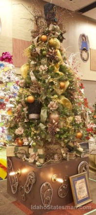 Steampunk Christmas Tree by Steven Santos