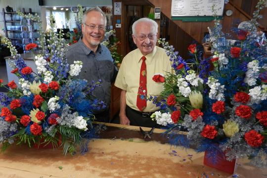 How to Arrange Flowers- American Grown Original