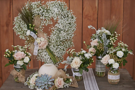 wedding flowers and arranging