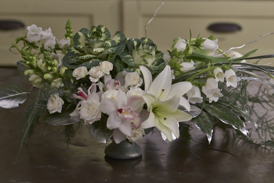 How to arrange flowers- Event Centerpieces with Frost Foliage and Candles