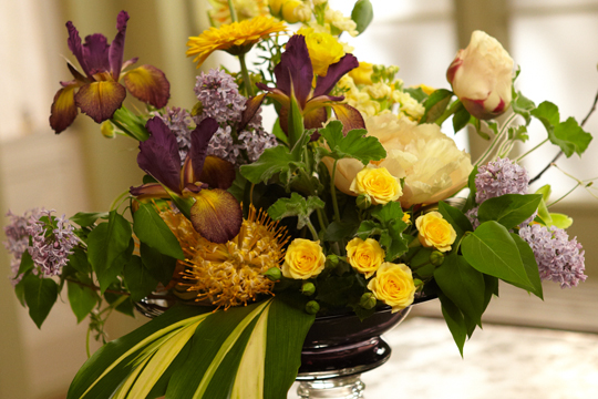 How to arrange flowers: Beta Sigma Phi Sorority Sisters and Flowers