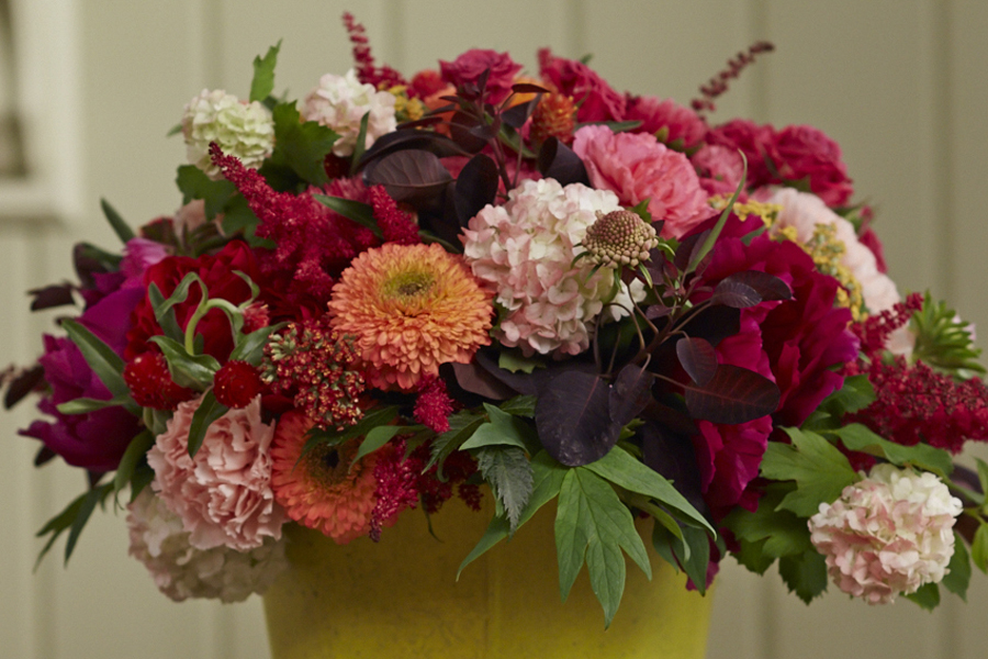 This Week S Gorgeous Garden Bouquet Delicately And Delightfully Shifted In Color To Match