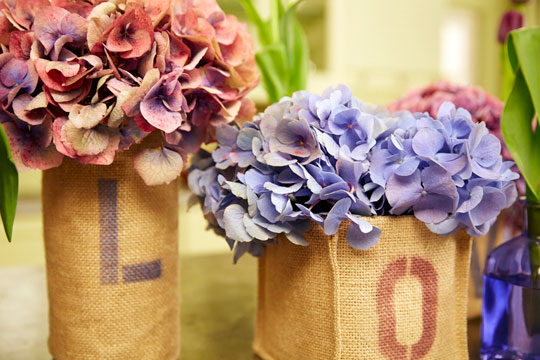 How to arrange flowers_Stenciled Burlap Containers with Hydrangea and Tulips
