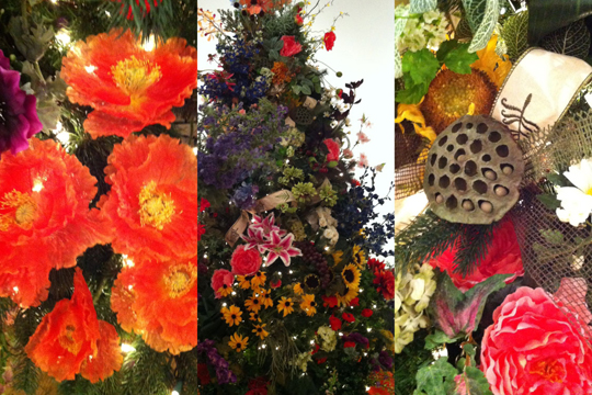 A Visit to the Festival of Trees at Muskegon Museum of Art!