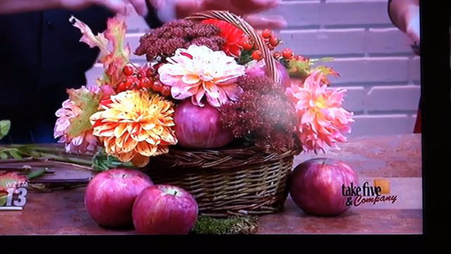 Take 5 with J - Dahlia Arrangements for Fall!