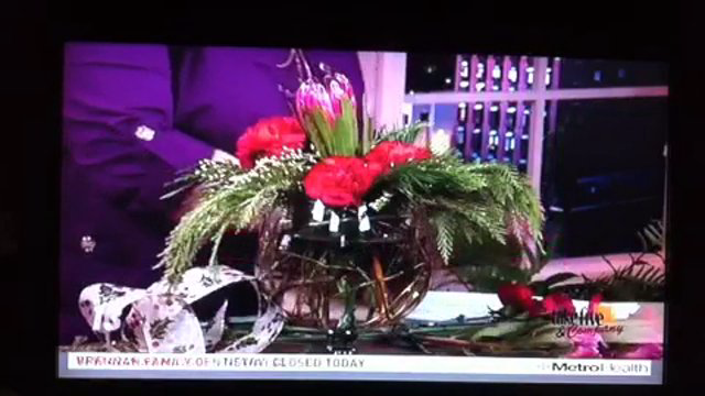 Take 5 with J - Easy Christmas Centerpieces