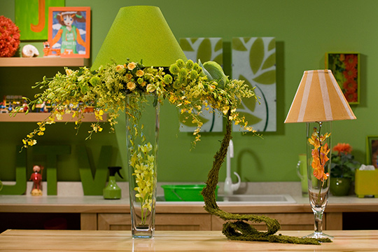 How to Arrange Flowers_Event Table Lamp with Flowers!