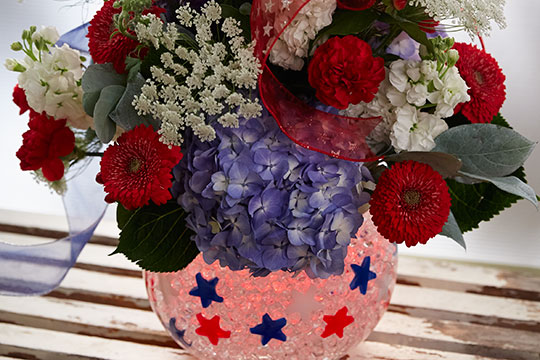 How to Arrange Flowers_Patriotic Arrangement with Deco Beads