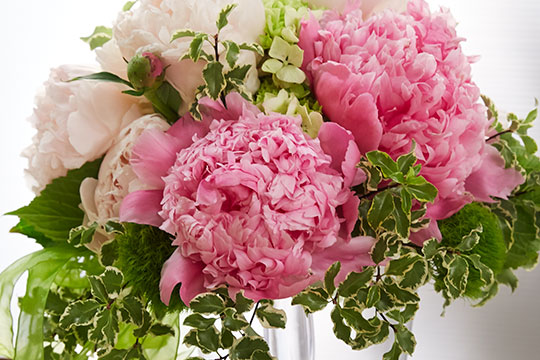 how to arrange flowers peonies wedding bouquet - Common Flowers In Arrangements
