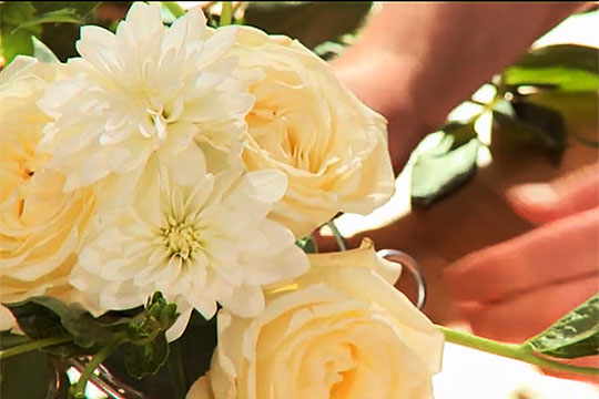 How to Arrange Flowers_ Wedding Bouquet Secrets – Cascade Bouquet and Babies Breath Bouquet
