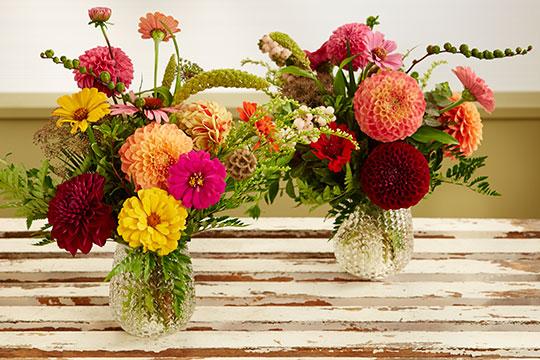 Dahlia and Zinnia Bouquets - made Easy!