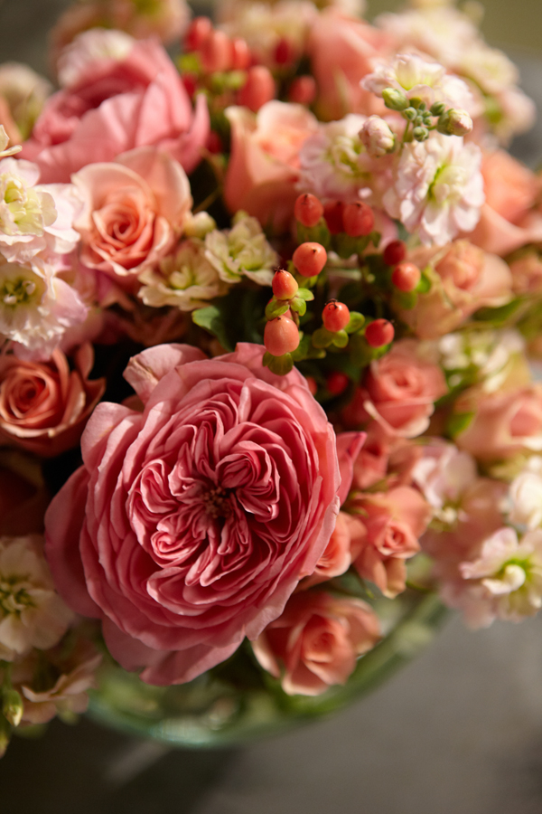 What flowers come in natural Coral/Peach Colors? - uBloom