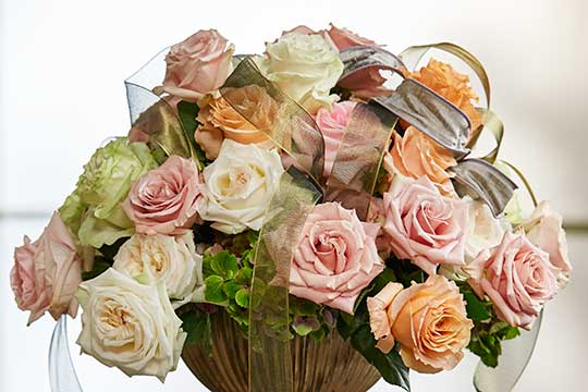 Romantic Rose Centerpiece!