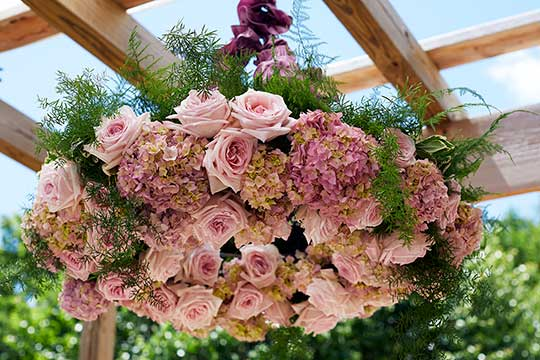 Wedding flower arrangements design flower arranging for flower chandelier junglespirit Images